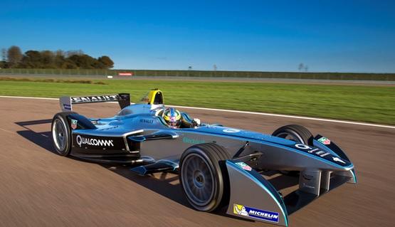 Formula E's Show Car Stops by Automotive Tech
